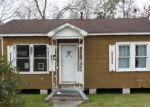 Foreclosed Home in Franklin 70538 1021 OAKDALE ST - Property ID: 4246758