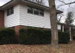 Foreclosed Home in Belleville 62226 216 COLUMBUS DR - Property ID: 4246843