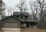 Foreclosed Home in Oakdale 62268 10030 BRANCH RD - Property ID: 4247131