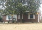 Foreclosed Home in Clarksville 37040 1056 FORREST DR - Property ID: 4247620