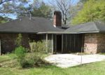 Foreclosed Home in Walker 70785 33916 DUFF RD - Property ID: 4248560