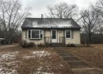 Foreclosed Home in Tuckerton 8087 209 ALLEN ST - Property ID: 4250239