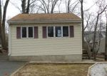 Foreclosed Home in Hopatcong 7843 311 WINDSOR AVE - Property ID: 4250260