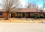 Foreclosed Home in Chickasha 73018 34 HAZYBROOK CIR - Property ID: 4250347