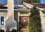 Foreclosed Home in Clifton Park 12065 8 GREEN MEADOW DR - Property ID: 4250586
