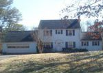 Foreclosed Home in Roanoke 24018 4212 LAKE DR SW - Property ID: 4250864