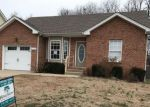 Foreclosed Home in Clarksville 37042 1309 SOUTHWOOD CT - Property ID: 4251036