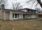Foreclosed Home in Harrodsburg 40330 618 E LEXINGTON ST - Property ID: 4251439