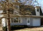 Foreclosed Home in Mchenry 60051 5615 N WOODLAND DR - Property ID: 4251513