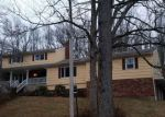 Foreclosed Home in Northford 6472 255 WHITE HOLLOW RD - Property ID: 4251689