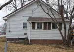 Foreclosed Home in Dugger 47848 861 S BATMAN ST - Property ID: 4252383
