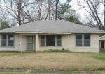 Foreclosed Home in Shreveport 71105 364 SANDEFUR DR - Property ID: 4253713