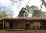Foreclosed Home in Longview 75604 1111 AMERICA DR - Property ID: 4254142
