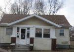 Foreclosed Home in Bloomington 61701 812 W MONROE ST - Property ID: 4254853