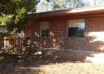 Foreclosed Home in Gadsden 35903 5632 EARL DR - Property ID: 4255128