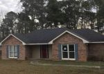Foreclosed Home in Smiths Station 36877 102 LEE ROAD 962 - Property ID: 4255129