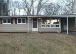 Foreclosed Home in East Hampton 6424 17 FOREST ST - Property ID: 4255223