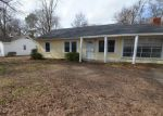 Foreclosed Home in Greenville 38703 1251 JOHN ST - Property ID: 4256562