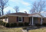 Foreclosed Home in Muncie 47304 2809 W TWICKINGHAM DR - Property ID: 4257043