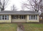 Foreclosed Home in Girard 62640 111 W WASHINGTON ST - Property ID: 4257081