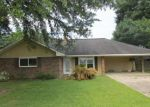 Foreclosed Home in Saint Amant 70774 11302 PEGGY ST - Property ID: 4257923