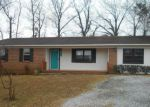 Foreclosed Home in Guntersville 35976 284 MCDONALD LN - Property ID: 4258749