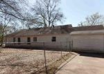 Foreclosed Home in Marshall 75670 401 GAIL CIR - Property ID: 4259762