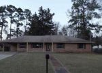 Foreclosed Home in Marshall 75670 107 FISHER DR - Property ID: 4259766