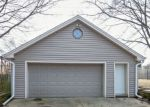 Foreclosed Home in Waukesha 53188 1119 BIRCH DR - Property ID: 4260287