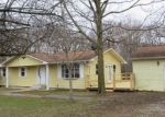Foreclosed Home in Sorento 62086 1205 OLD RIPLEY RD - Property ID: 4260562