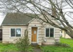 Foreclosed Home in Molalla 97038 420 W MAIN ST - Property ID: 4260652