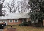 Foreclosed Home in Oxon Hill 20745 5012 MANOR CT - Property ID: 4260964