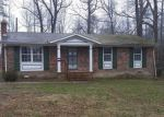 Foreclosed Home in Heathsville 22473 1617 COURTHOUSE RD - Property ID: 4261006