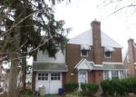 Foreclosed Home in Havertown 19083 712 W CHESTER PIKE - Property ID: 4261292