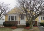 Foreclosed Home in Johnston 2919 34 WAVELAND AVE - Property ID: 4261600