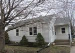 Foreclosed Home in Clinton 52732 815 PARK PL - Property ID: 4262381