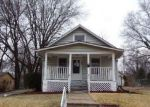 Foreclosed Home in Topeka 66606 835 SW WARREN AVE - Property ID: 4262394