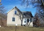 Foreclosed Home in Isanti 55040 310 1ST AVE SW - Property ID: 4262629