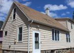 Foreclosed Home in Duluth 55810 813 3RD AVE - Property ID: 4262637