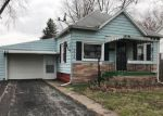 Foreclosed Home in Litchfield 62056 319 N WALNUT ST - Property ID: 4262875