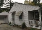 Foreclosed Home in Sullivan 61951 423 S WORTH ST - Property ID: 4262884