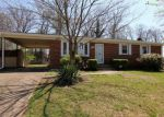 Foreclosed Home in Clinton 20735 7904 PINEWOOD DR - Property ID: 4262983