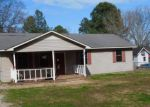 Foreclosed Home in Adamsville 38310 40 SETH LN - Property ID: 4263253