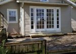 Foreclosed Home in Burkesville 42717 156 BAKER ST - Property ID: 4263978