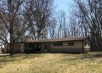 Foreclosed Home in Menomonee Falls 53051 N50W15789 HONEY SUCKLE LN - Property ID: 4264221