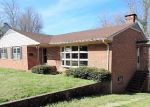 Foreclosed Home in Emporia 23847 404 MEHERRIN ST - Property ID: 4264304