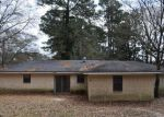 Foreclosed Home in Nacogdoches 75961 121 MARILYN ST - Property ID: 4264476