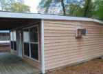 Foreclosed Home in Burgaw 28425 120 BROWN MOORE RD - Property ID: 4264768