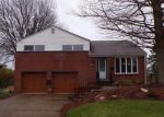 Foreclosed Home in Monroeville 15146 214 SPARTAN DR - Property ID: 4264954