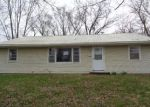 Foreclosed Home in Fayette 65248 104 GANNETT ST - Property ID: 4265637